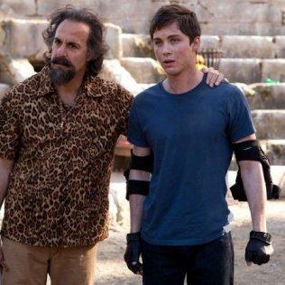 """Stanley Tucci e Logan Lerman - """"Percy Jackson - Il mare dei mostri"""""""